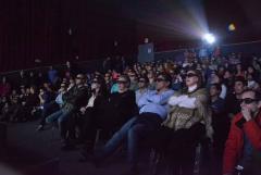 Cine 3 D para Gregores y nuevo Gimnasio