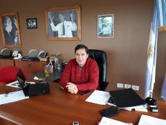 Vidal condicionó un aumento salarial a la ayuda de Provincia