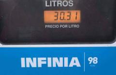 La nafta infinia supera los 30 pesos